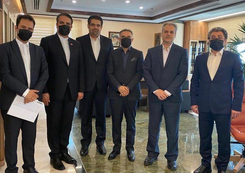 زعفرانیترین جلسه در وزارت جهاد با رویکرد افزایش تقاضای طلای سرخ در سطح بینالملل