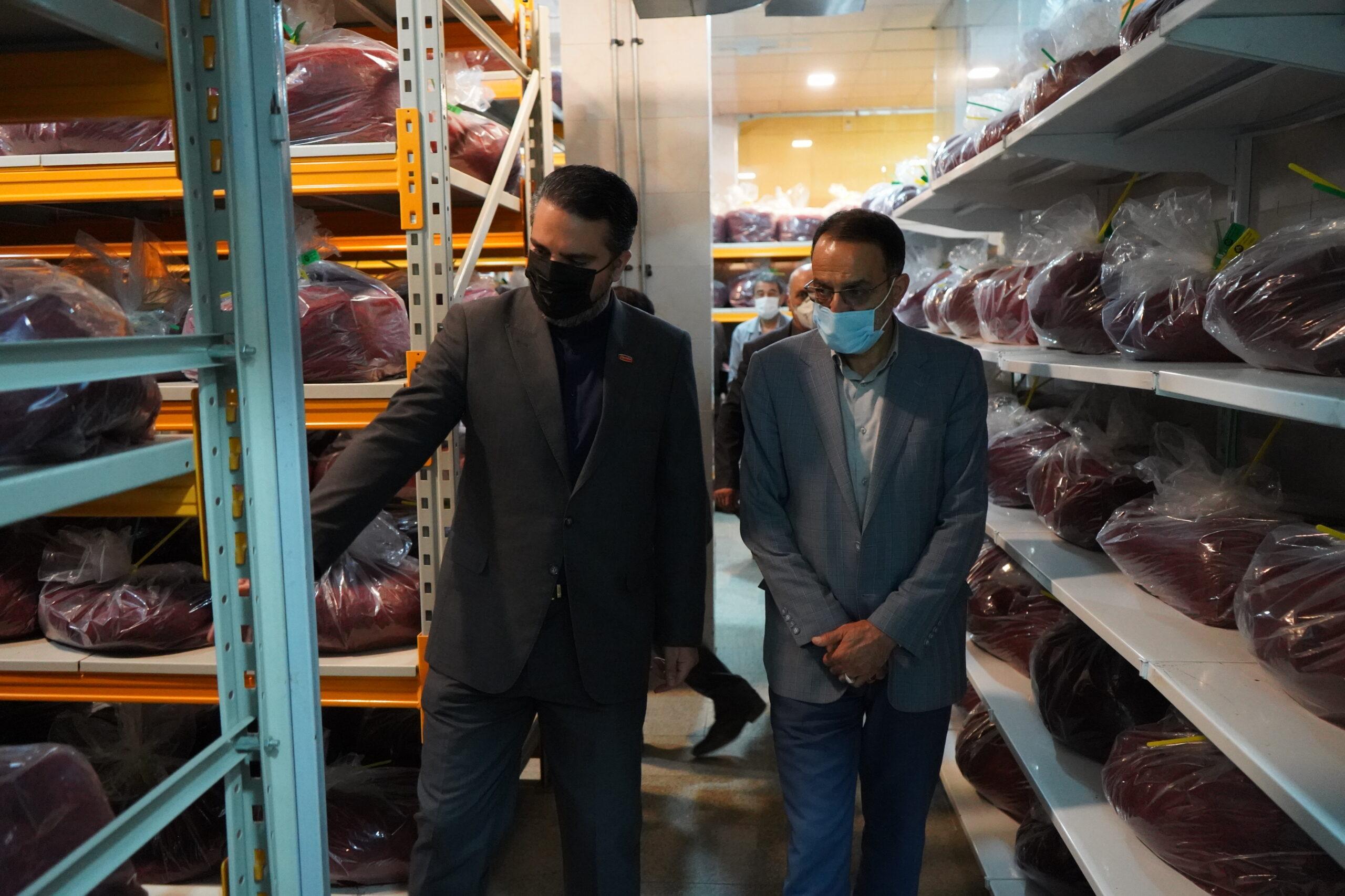 دیدار عضو کمیسیون امنیت ملی مجلس شورای اسلامی با مدیر عامل شرکت طلای سرخ/هرکشاورز یک صادرکننده